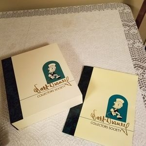 Walt Disney collectors society folder and box